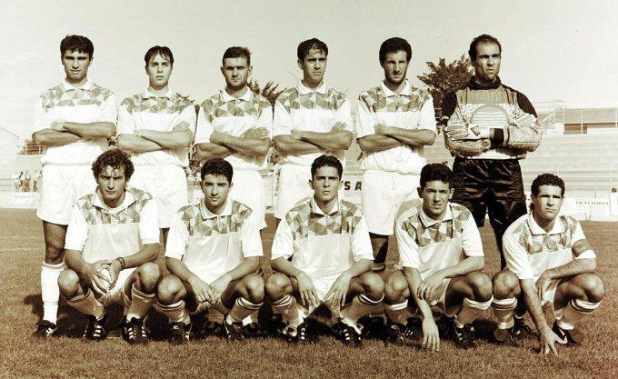Tharros Calcio · Oristano 1993