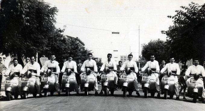 Raduno Vespisti · Oristano 1959