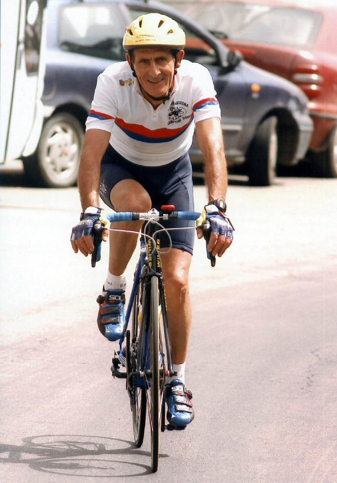 Angelo Desogus: una bicicletta, una vita