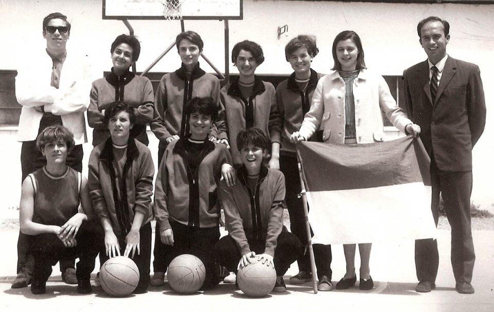 Eleonora Basket Oristano 1966