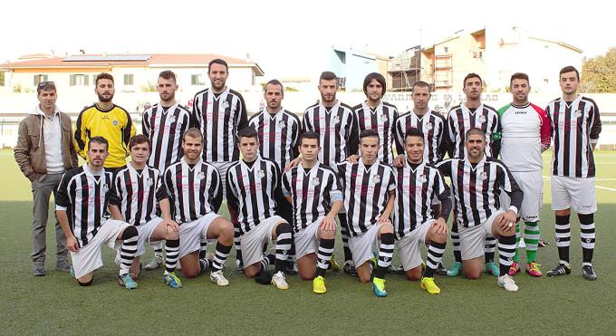 Lauras Calcio - Luras 2015-2016