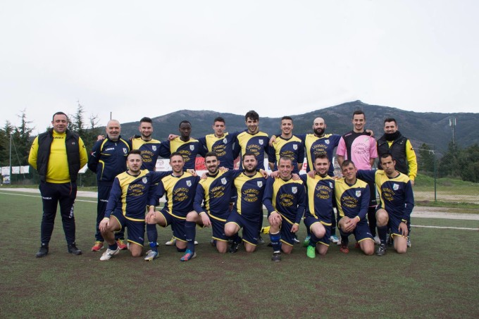 Tonarese Calcio · Tonara 2015-2016